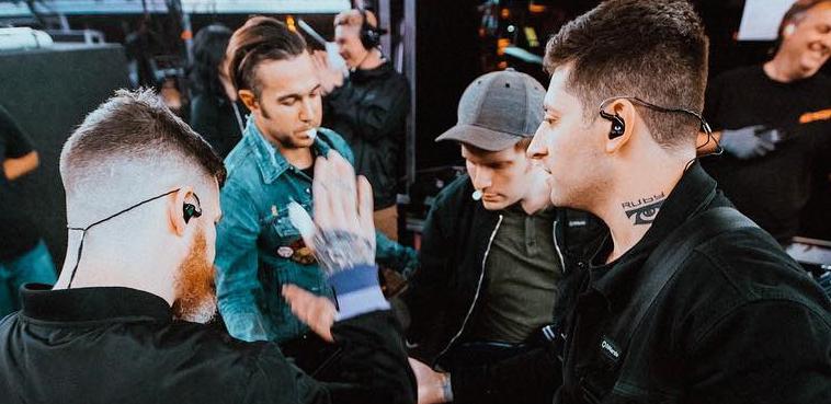 Petición para que Fall Out Boy pase por España en su tour europeo de 2018#SpainWantsFOB